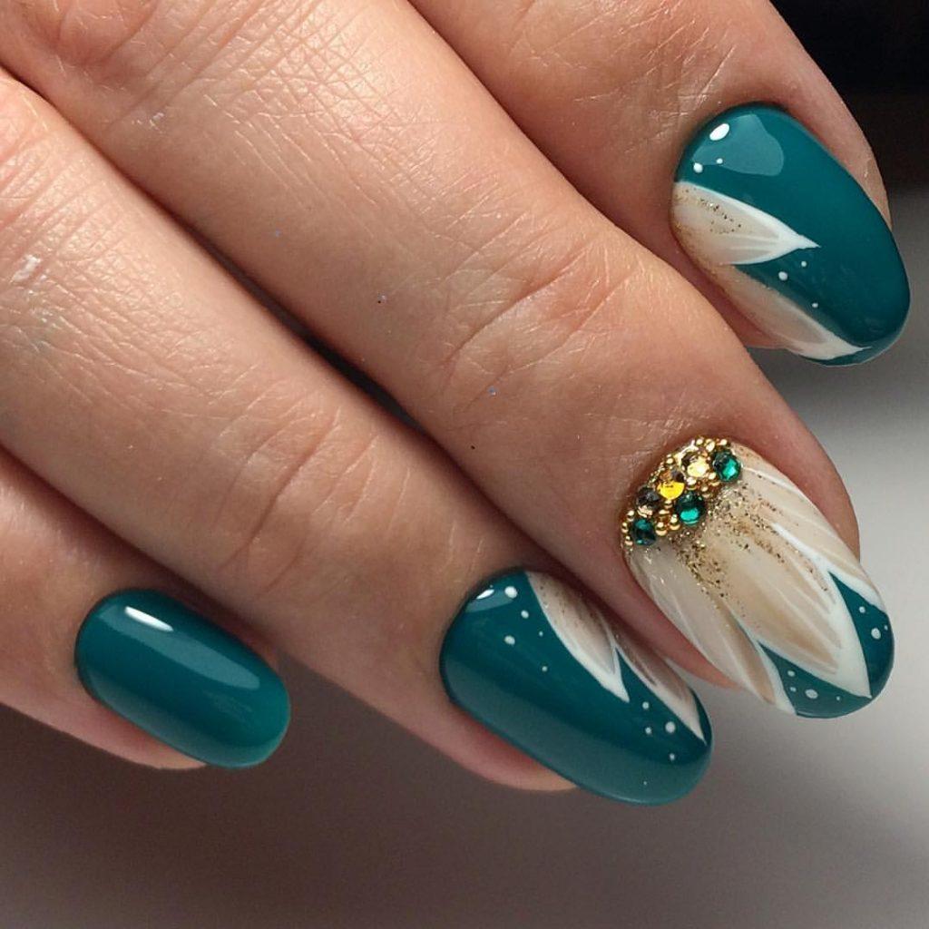 Фото модных ногтей гелем