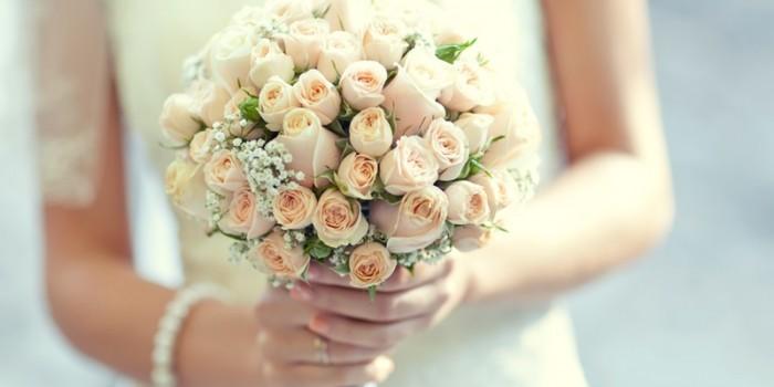 букет невесты из роз 1