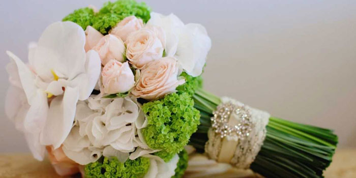 букет невесты из роз 2
