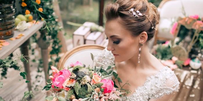 красивые и модные свадебные прически весна-лето 2017, фото 1