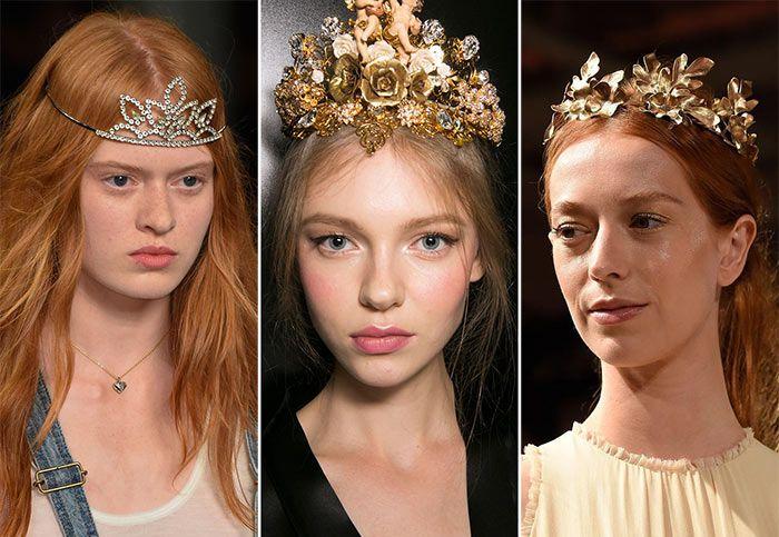 накрученные волосы с короной или диадемой 4