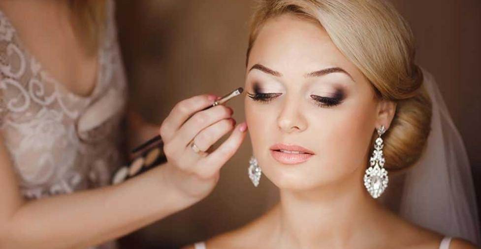 Классический свадебный макияж