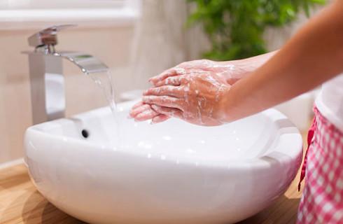 Для быстрого и безболезненного заживления прокола ключицы необходима чистота