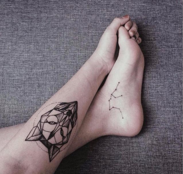 Рисунок волка в стиле Лайнворк на ногах