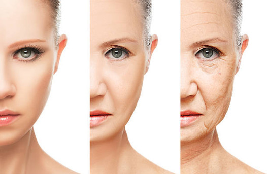 В комплексе натуральные вещества создают уникальную мягкую структуру альгинатной маски, насыщенной полезными элементами и способной убрать с лица последствия нескольких лет