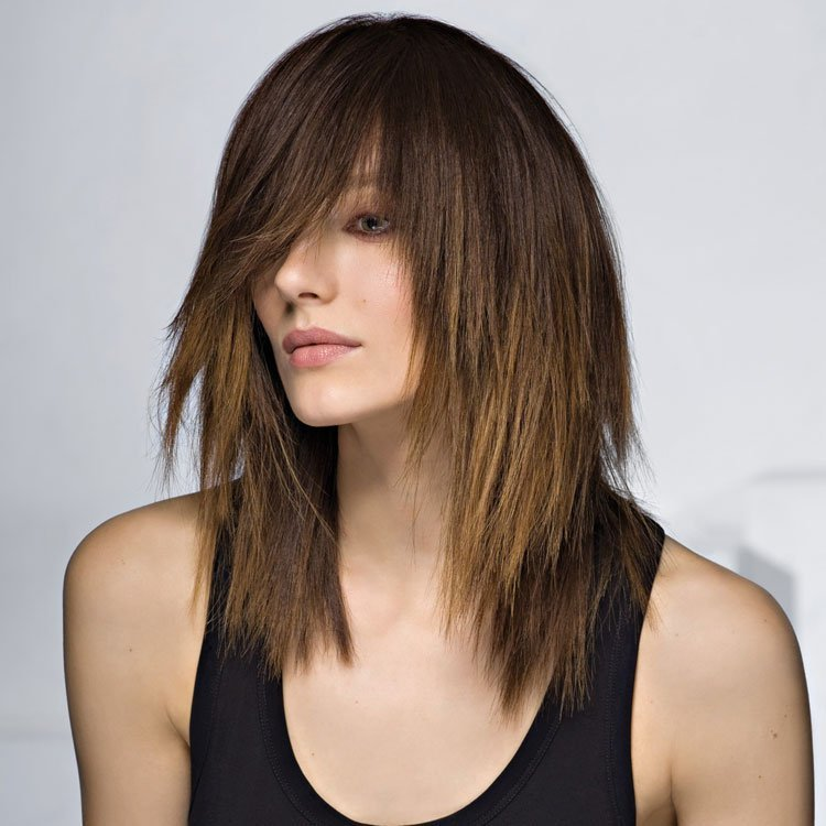 рваная средняя длина волос